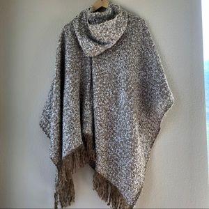 NWT Marc New York Khaki Knit Poncho Fringe Edging